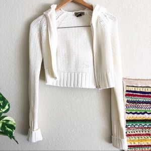 White cropped knitted zippered hoodie